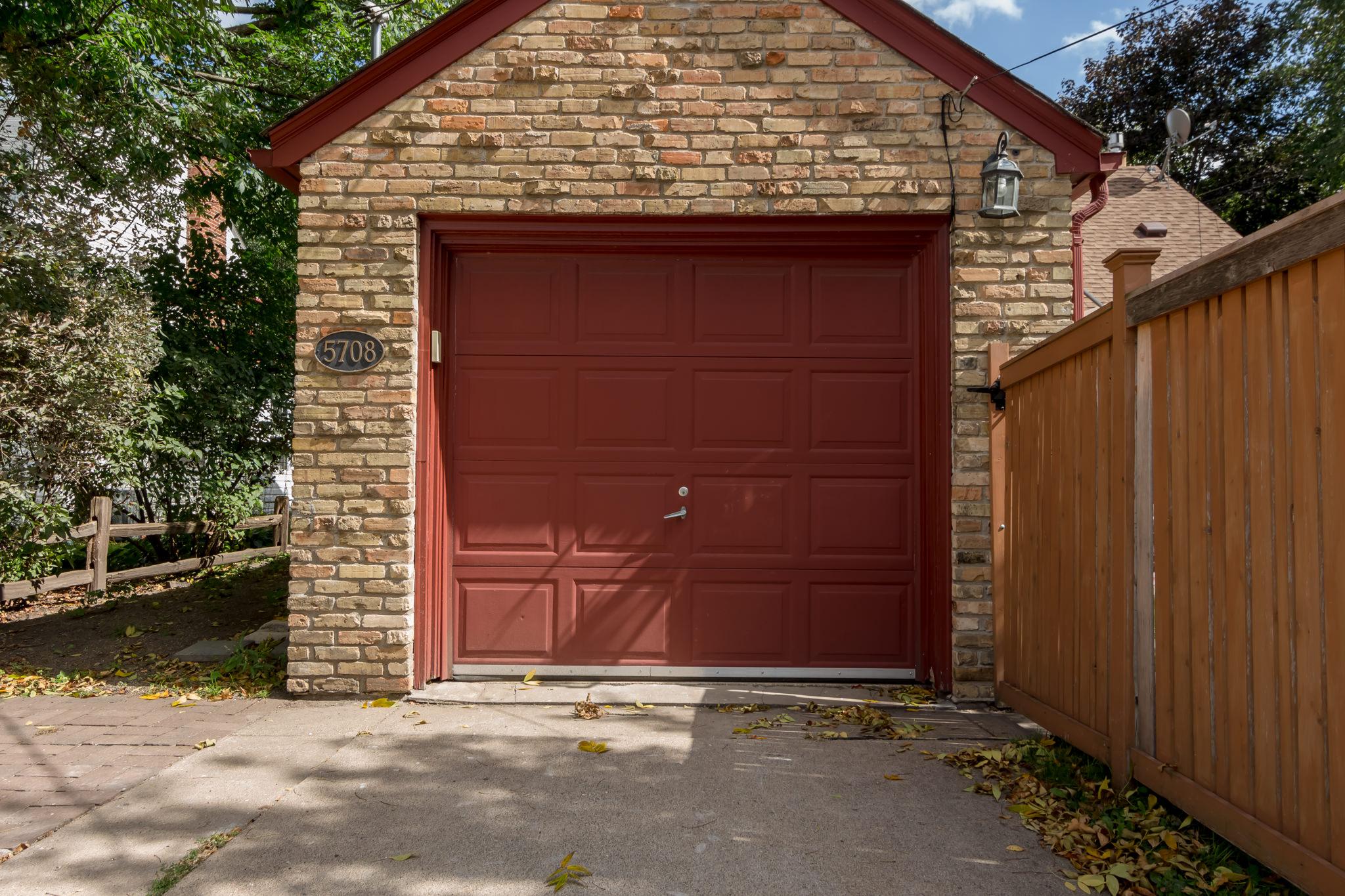 5708 Elliot Ave (Exteriors)-7.JPG