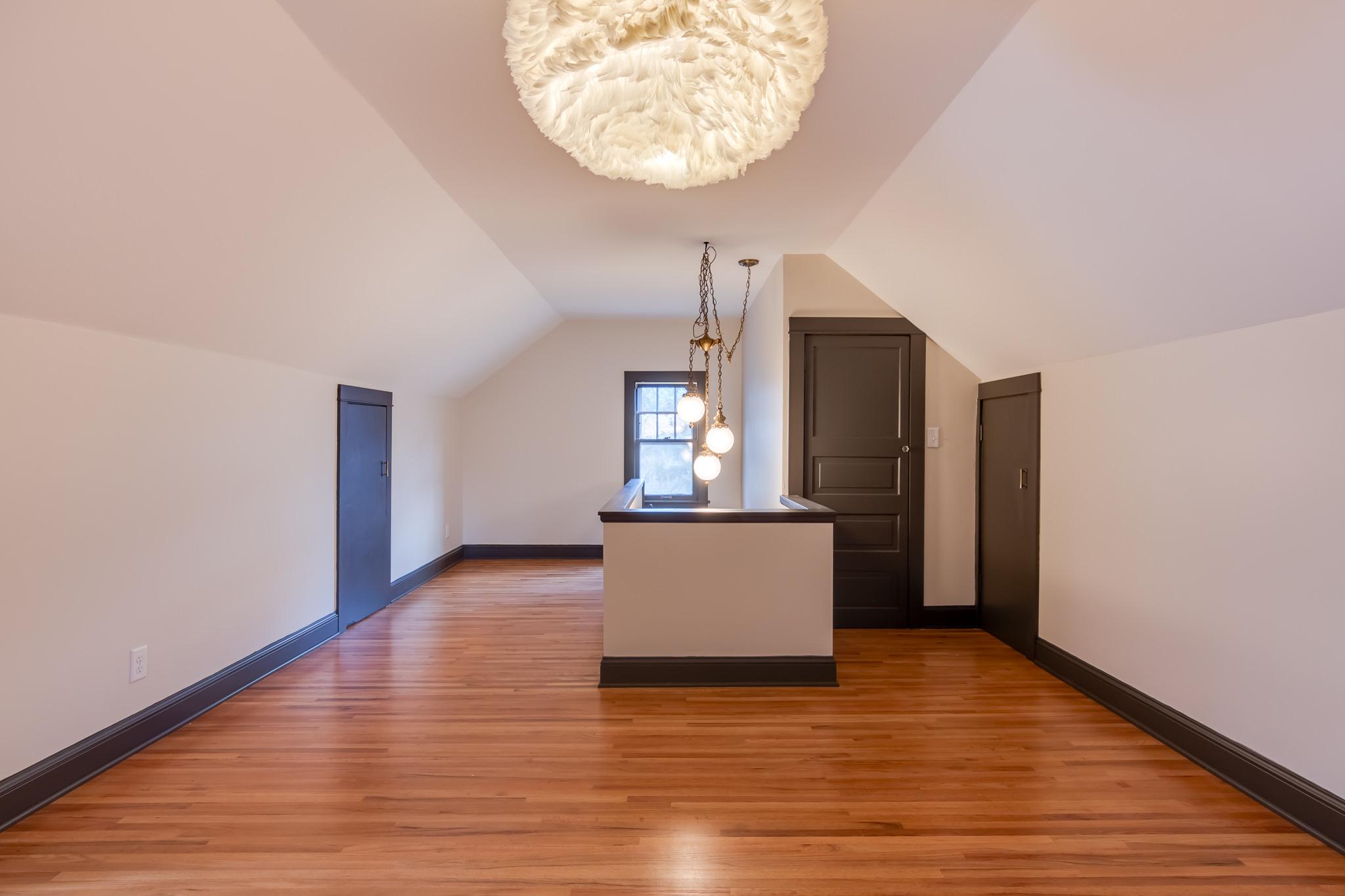 4723 Nokomis Ave Interiors-21.jpg