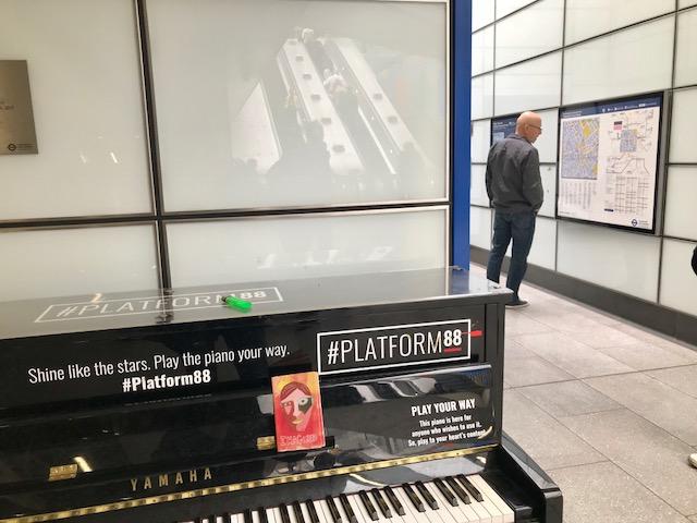 King's Cross St. Pancras Platform 88 undeground 2019.jpg