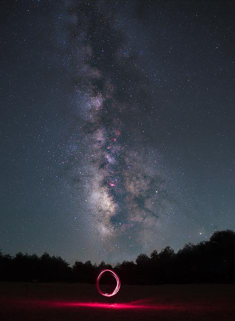 Stack 10 λήψεων για τον γαλαξία και blend με λήψη για το εδαφος από το ίδιο σημείο την ίδια ώρα.