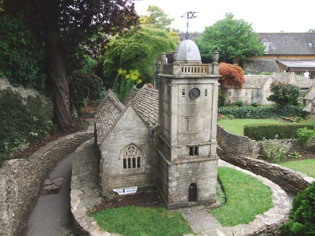 St Lawrence's Church, www.geograph.org.uk