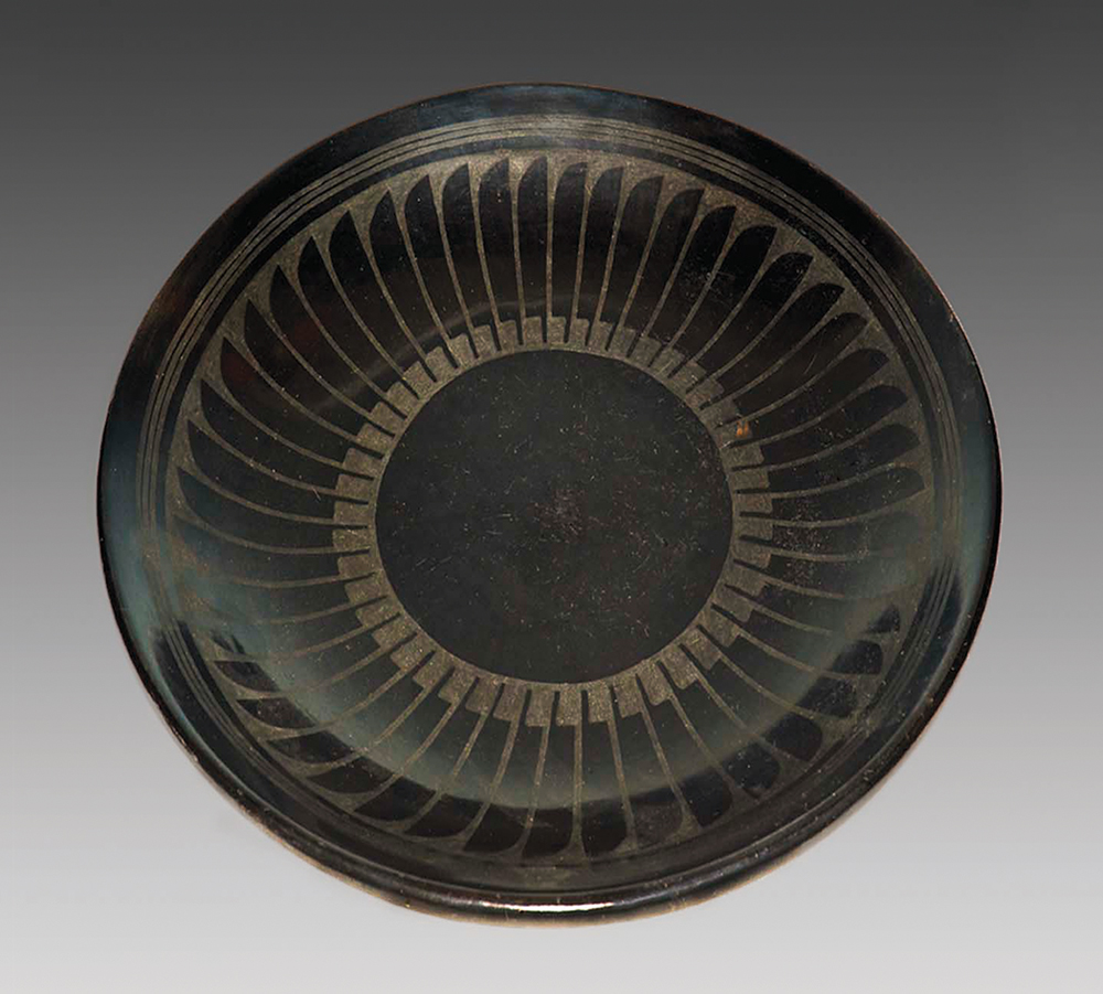Santana Roybal Martinez and Maria Martinez, Feather Bowl, 1948, polished black matte ware, 2 x 14.9 in. Smithsonian American Art Museum. Given in honor of Maria Martinez, the potter of San Ildefonso, and the late Felix S. Cohen.
