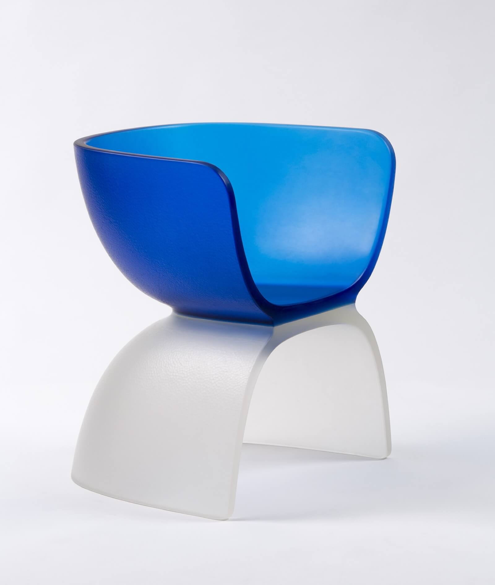 Marc Newson, 'Blue Glass Chair', 2017 © Marc Newson. COURTESY: Gagosian / PHOTOGRAPH: Jaroslav Kvíz.