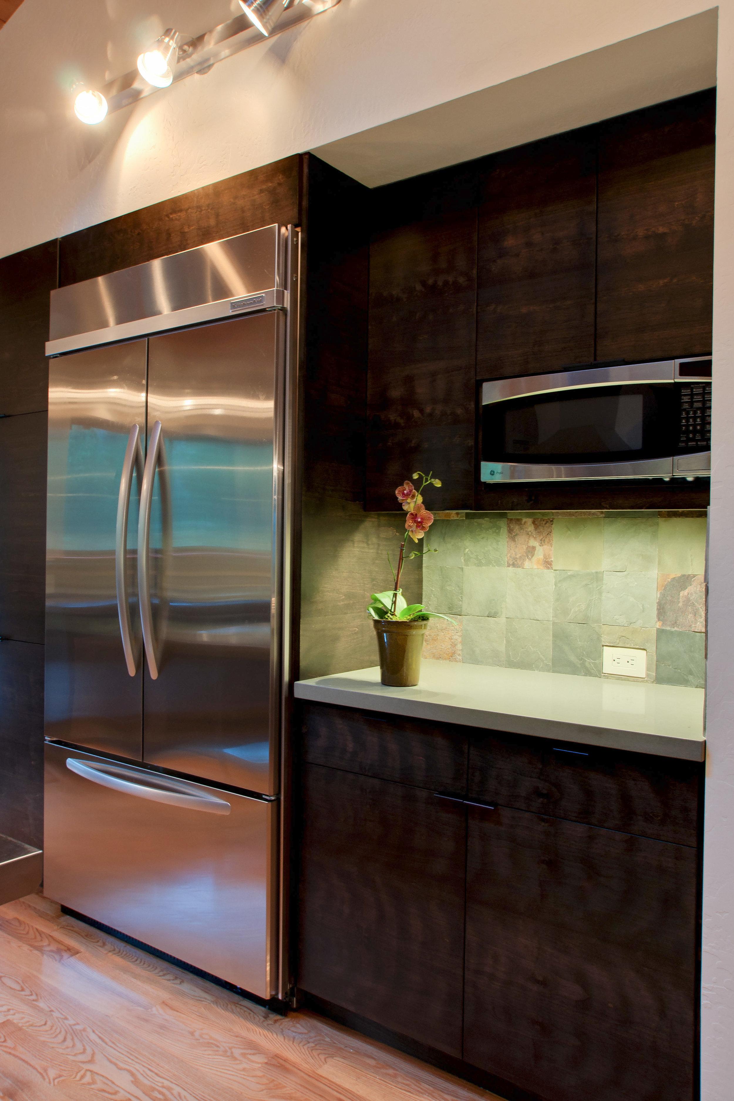 4_Kitchen_D.jpg