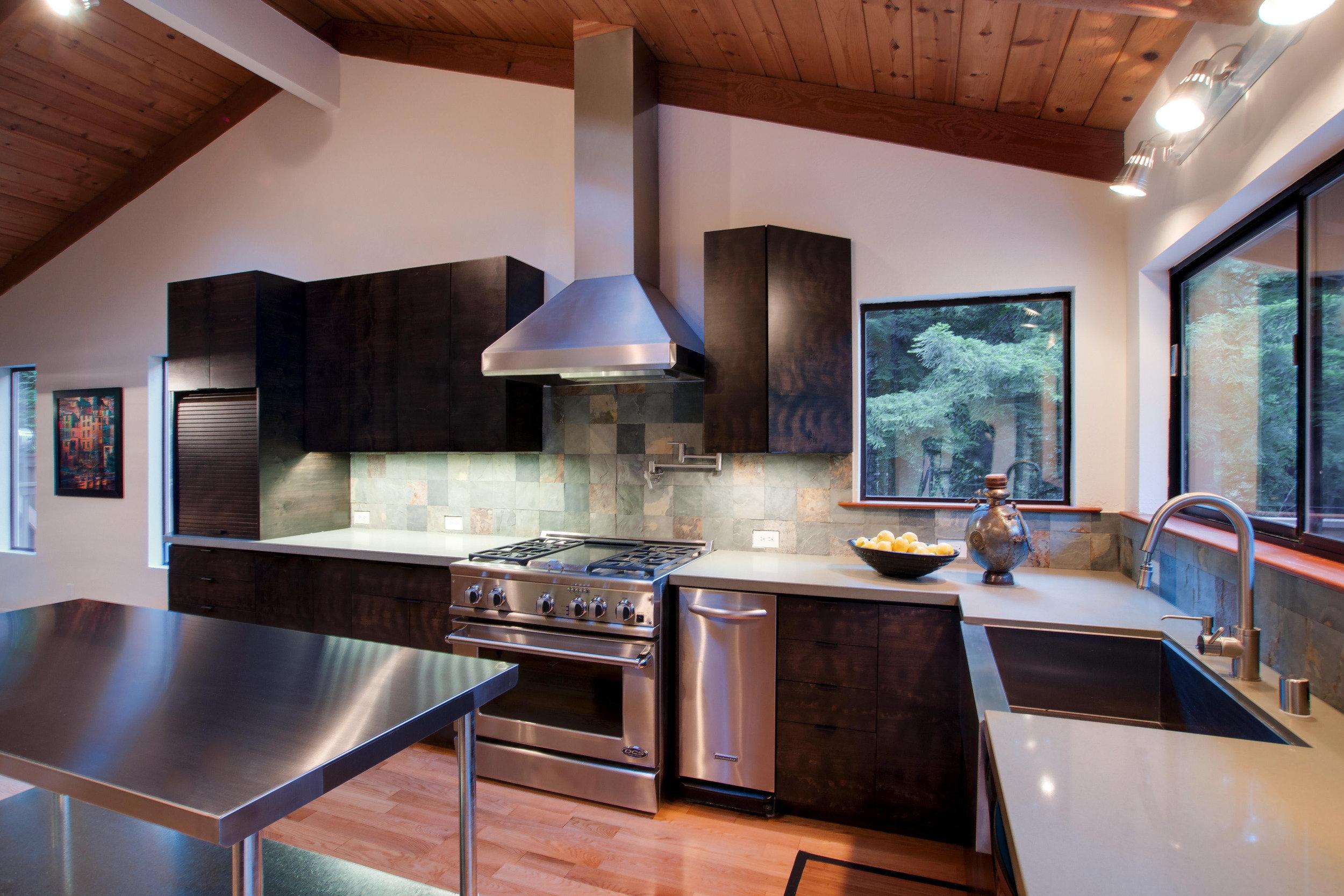 5_Kitchen_E.jpg