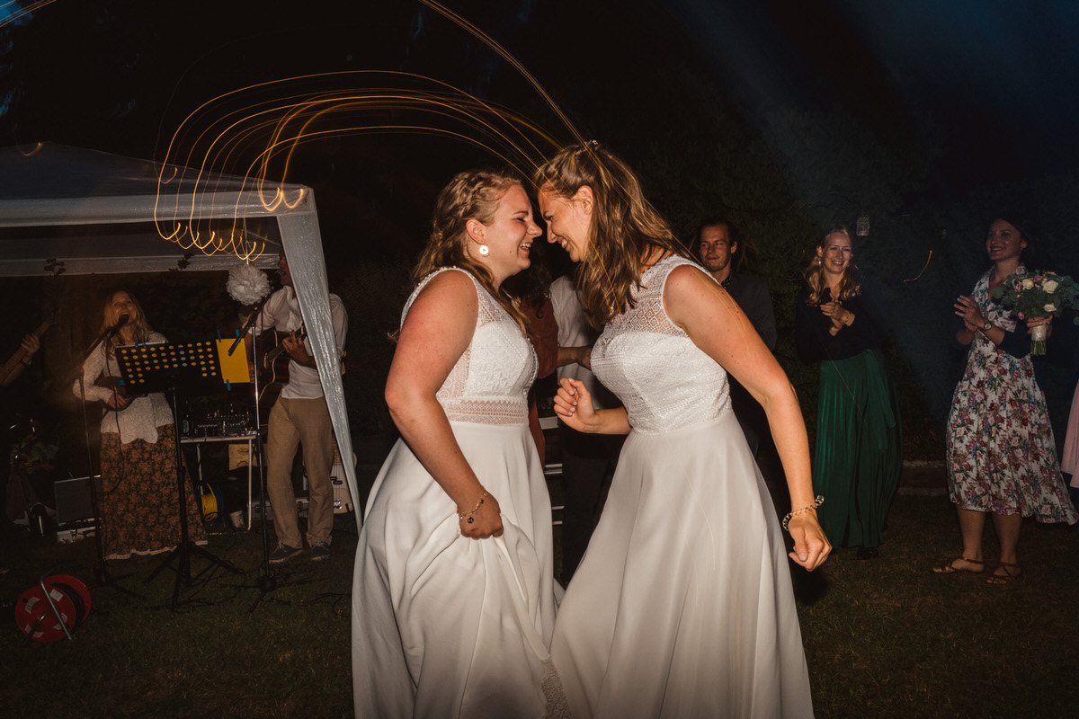 ©Photos-by-Markus-Jöbstl-2019-Gleichgeschlechtliche-Hochzeitsfotos-049.jpg