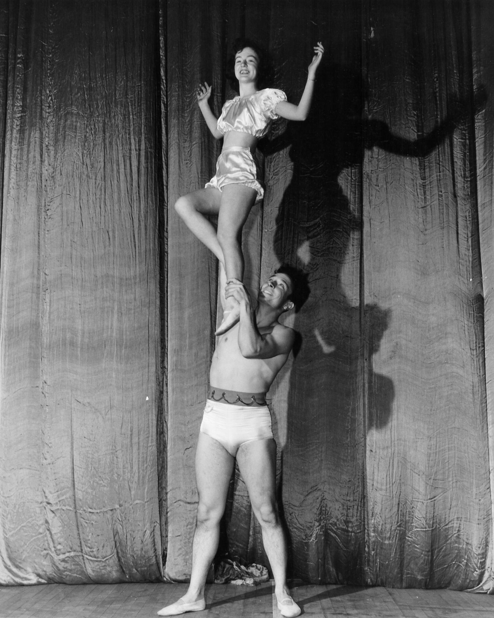 Gymkana Doubles Balancing, Vivian Walter and William Davis 1947