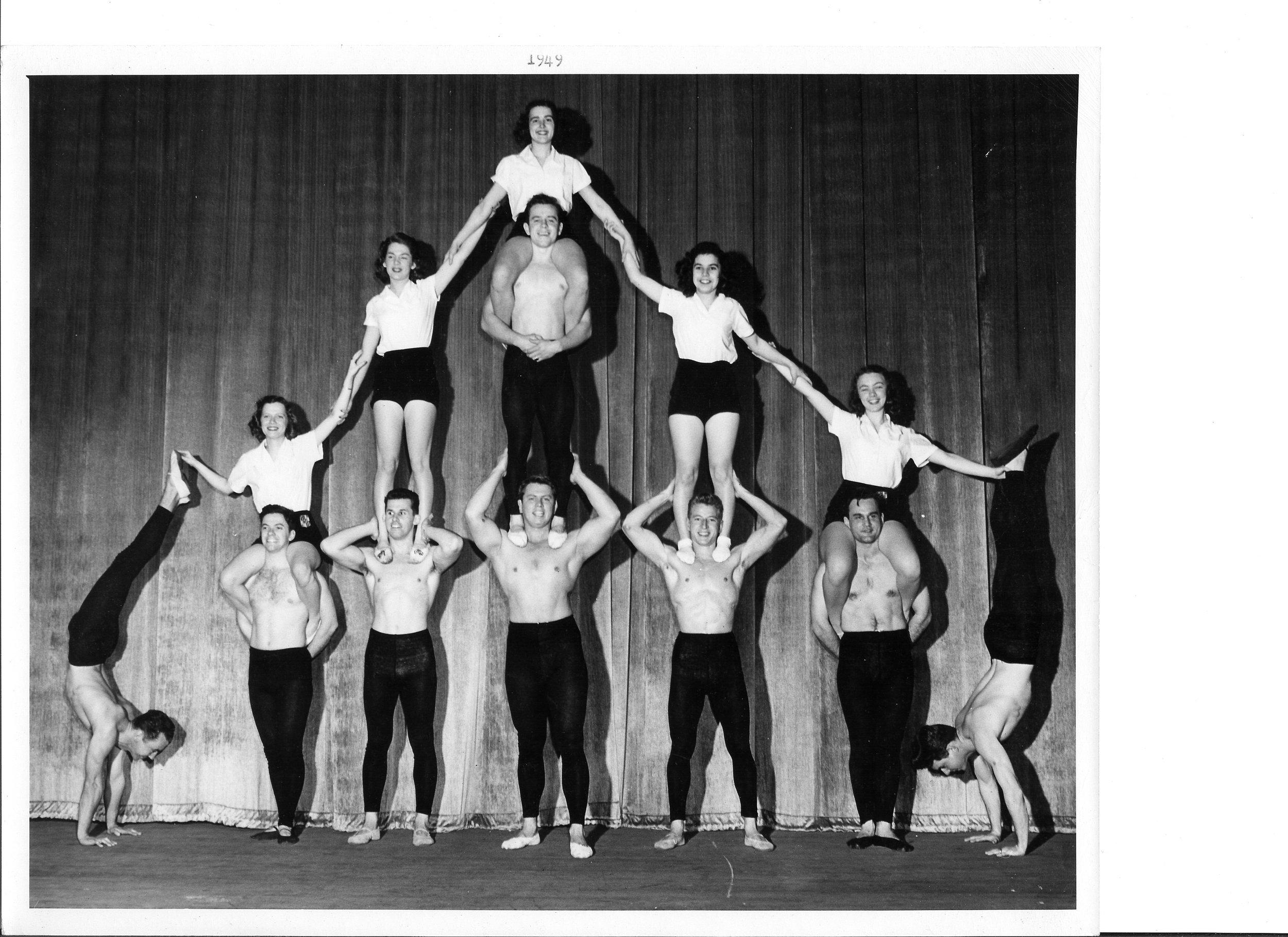 1949 Top l to r - Amy Berger, Joan Mitchell, Carol Hutson, Mary Adler and Betty Richter  Bottom l to r - Win Oppegard, Chuck Fox, Bill Foland, Bill Harris, George Sorg....jpg