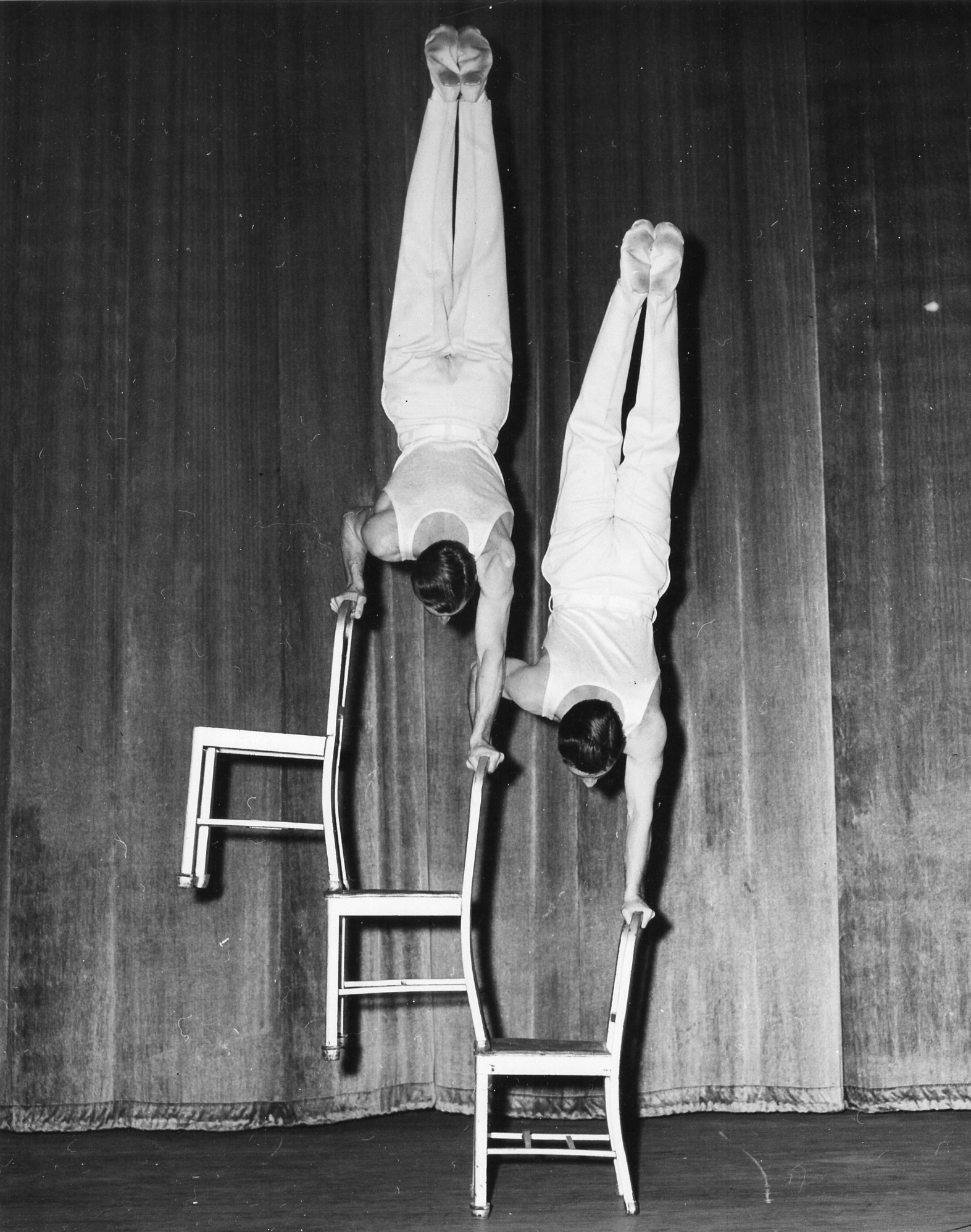 Chairs Double Illusion (1950)