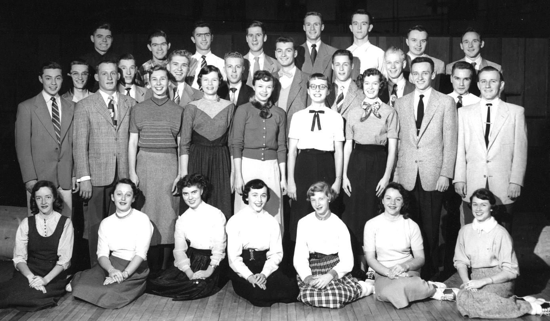 1953-54 troupe.jpg