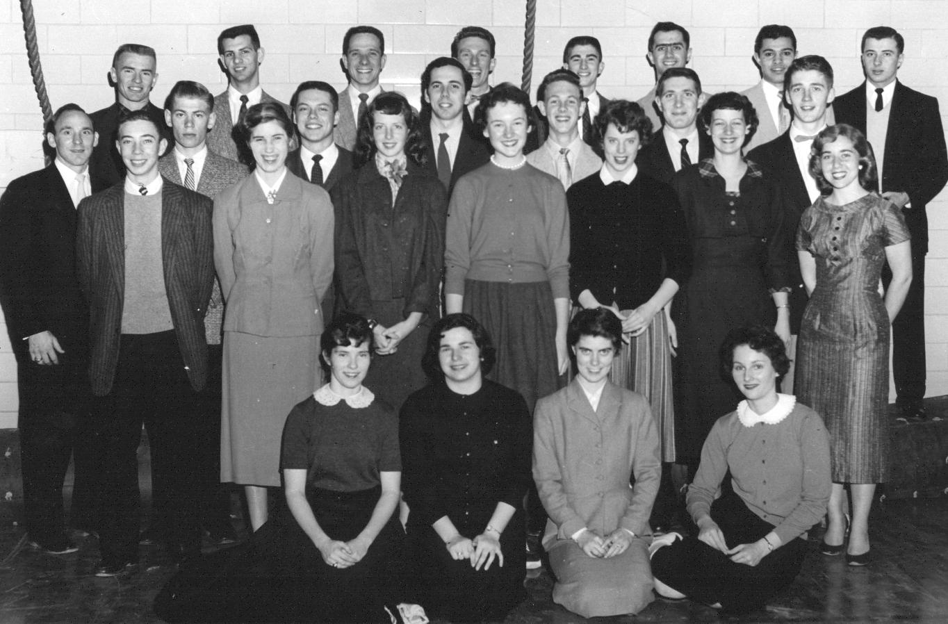 1956-57 troupe.jpg