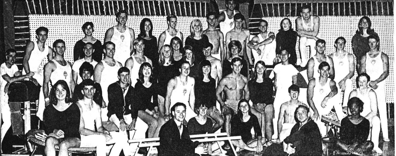 67-68 troupe.jpg