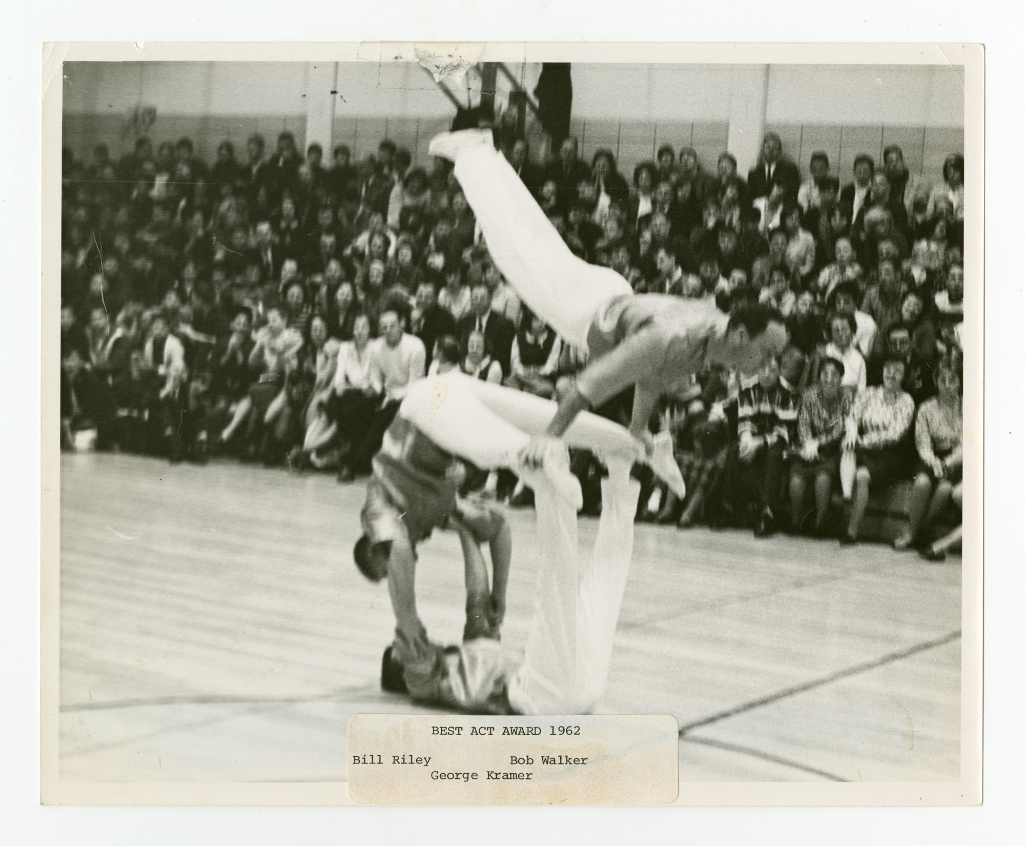 1962 - Men's Triples Balancing
