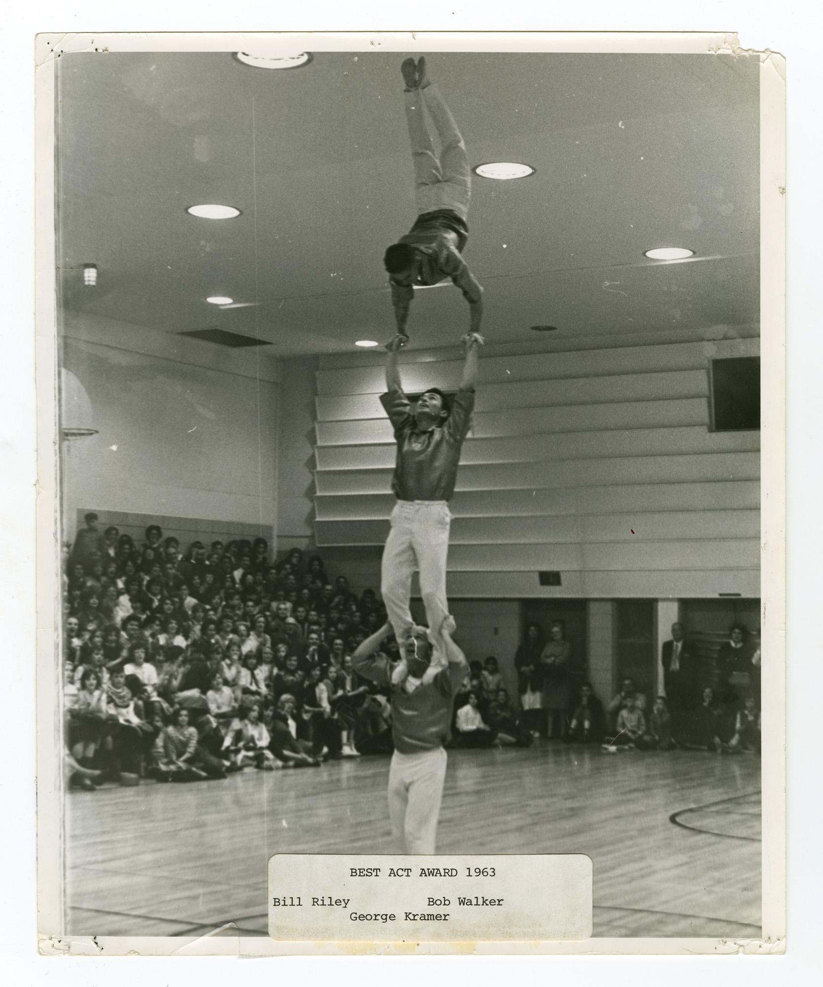 1963 - Men's Triples Balancing