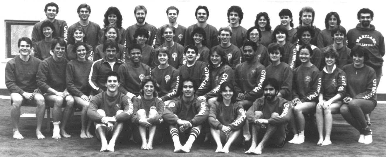 1985 Troupe.jpg