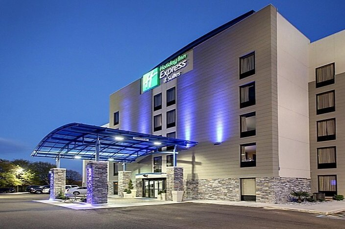 Holiday Inn Express & Suites jackson - 8.2 miles