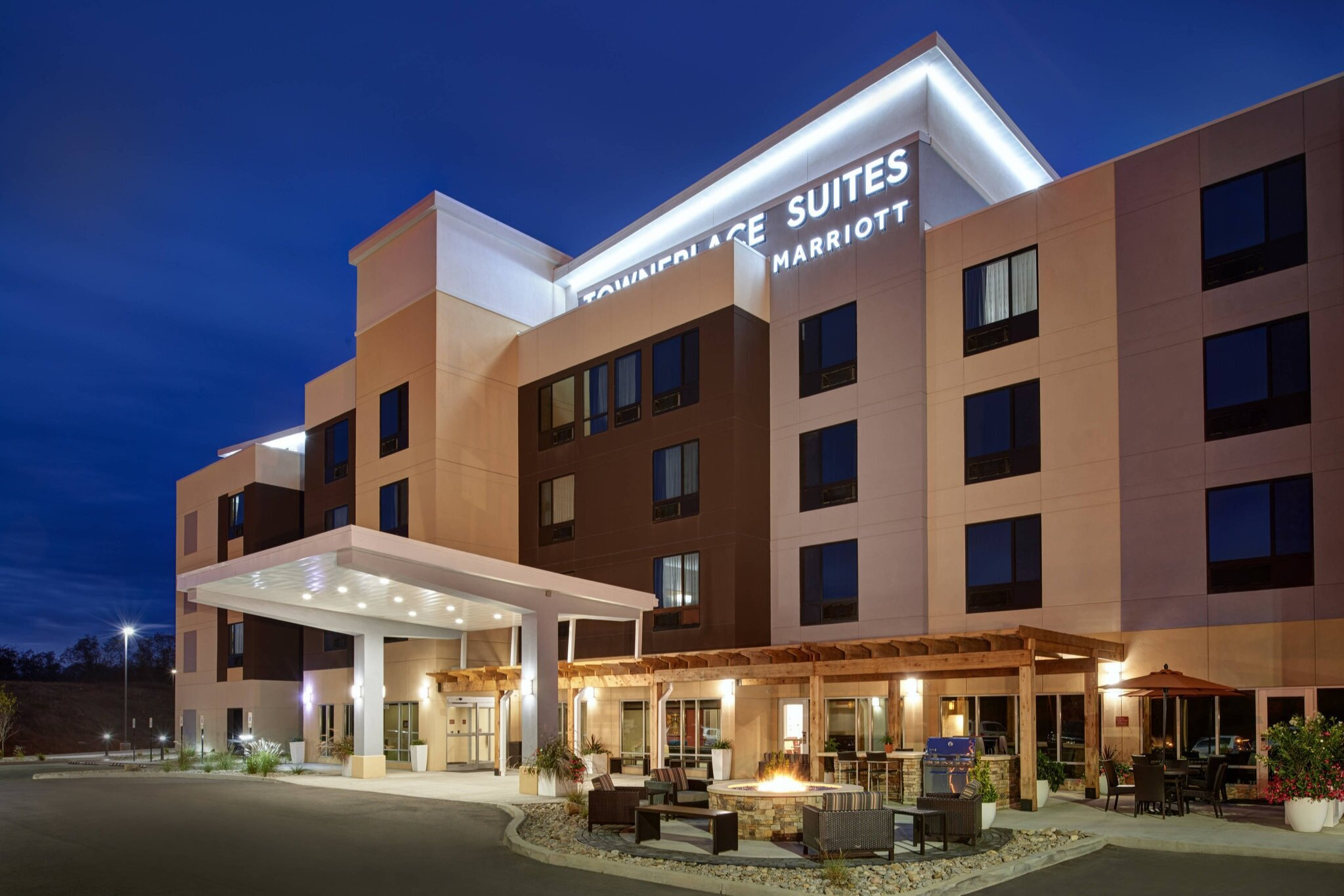 towneplace suites by marriott jackson - 8.4 miles