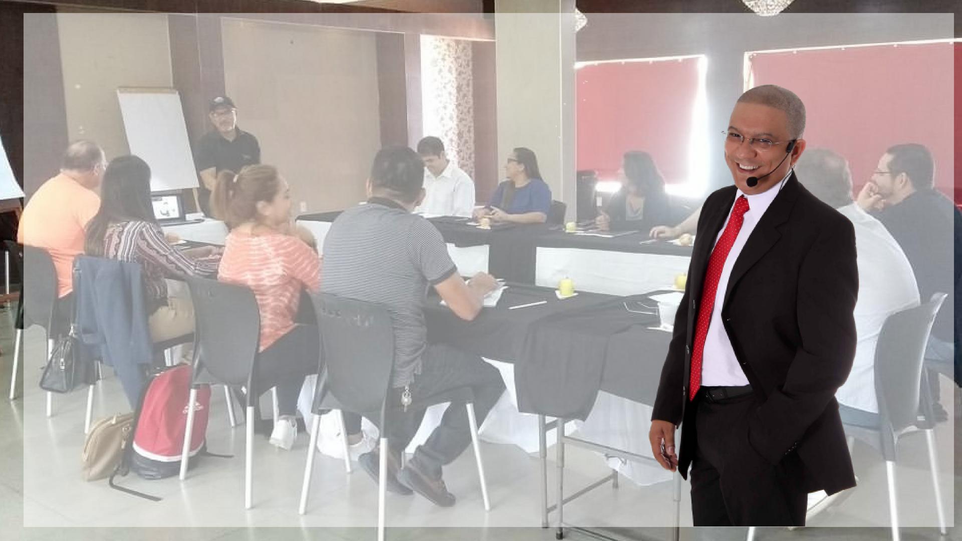 Professor Rogério Castilho - é um dos poucos brasileiros autorizados a ensinar PNL com a certificação emitida e assinada pelo co-criador da Programação Neurolinguística, Dr. Richard Bandler.Castilho é Practitioner, Master e Trainer em PNL, tendo sido treinado pessoalmente por Richard Bandler, além de Psicólogo e Comunicador Social, Doutor h.c. em Saude Mental, com Pós-Graduação em Psicologia & Marketing e em Neurociência pela FMU, MBA em Recursos Humanos, Especialista em Hipnose Clínica (PUC-SP).Possui mais de 50 certificações nacionais e internacionais em Hipnose Clínica e em PNL. É treinador de Alto Desempenho e instrutor internacional de Hipnose, com mais de 7000 alunos. (Brasil – Colômbia - Japão – Portugal – Alemanha).