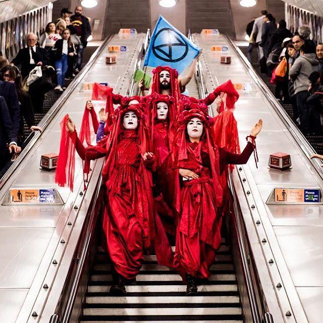 Image: Emma Myrtle / Extinction Rebellion protesters in London.