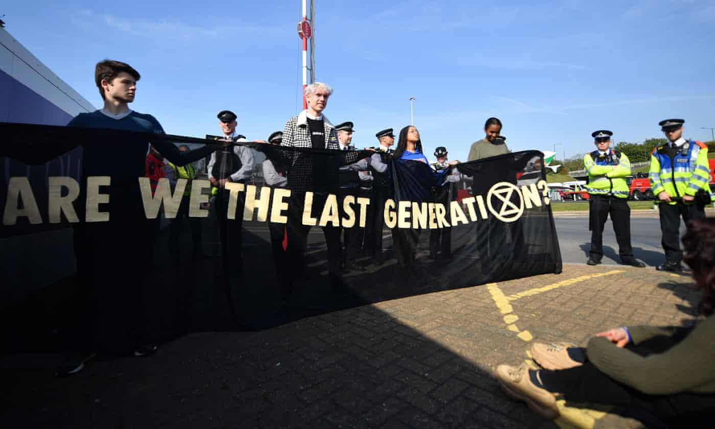 Image: flipboard.com / Extinction Rebellion protesters.
