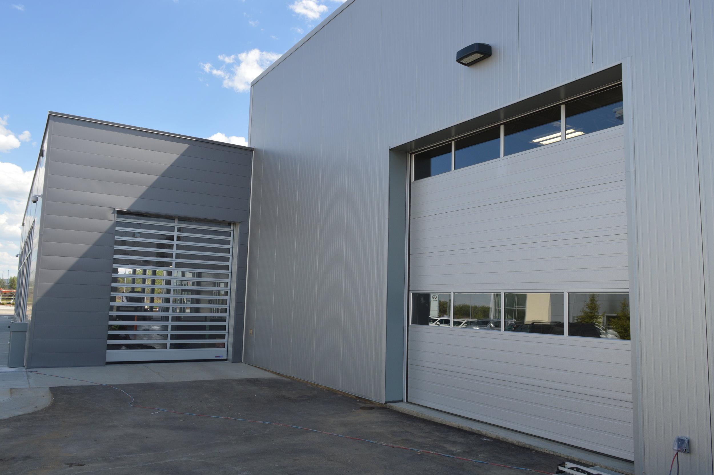 Mercedes-Benz Service Reception - Hormann SG4000
