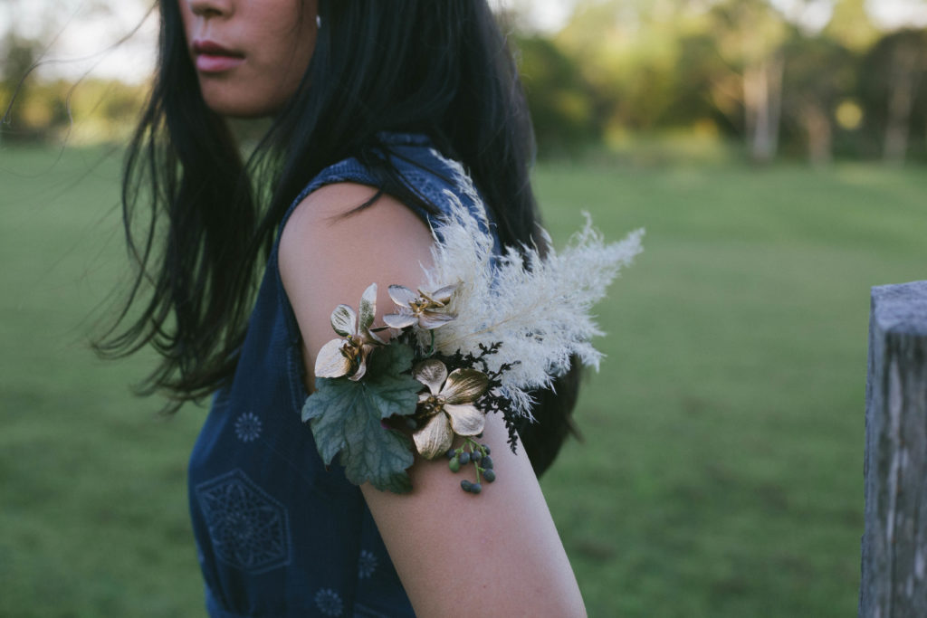 floral arm band noosa wedding florist