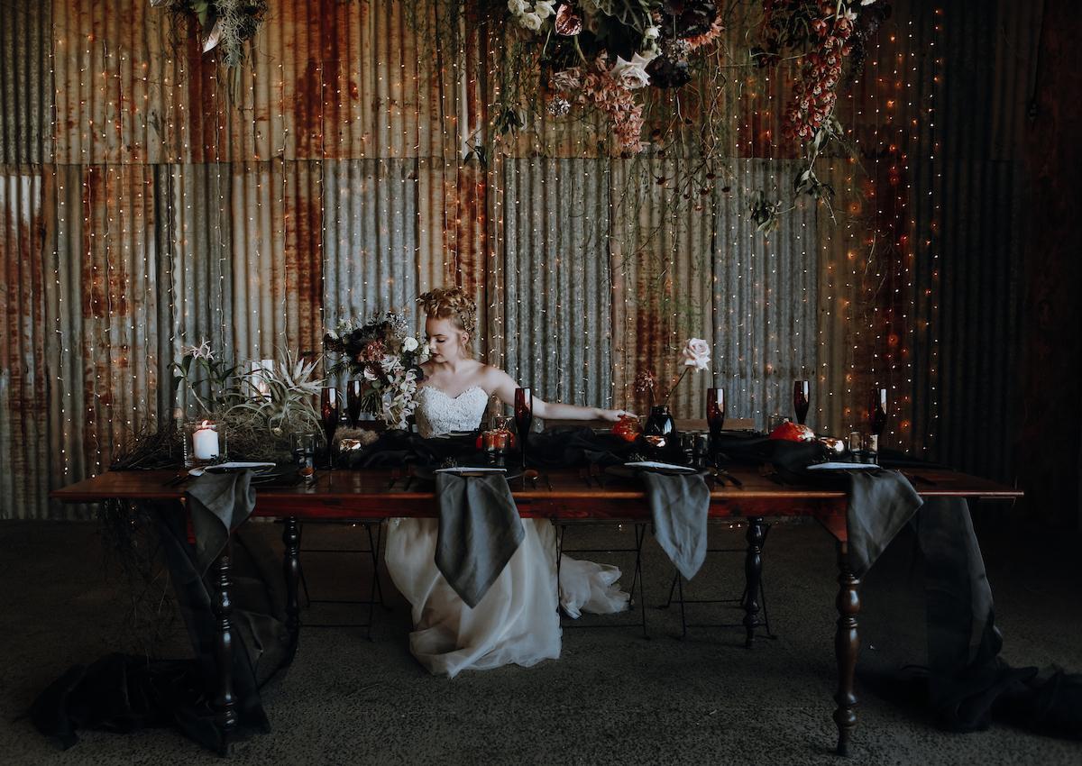 Bloodwood Botanica | Dark moody wedding flowers