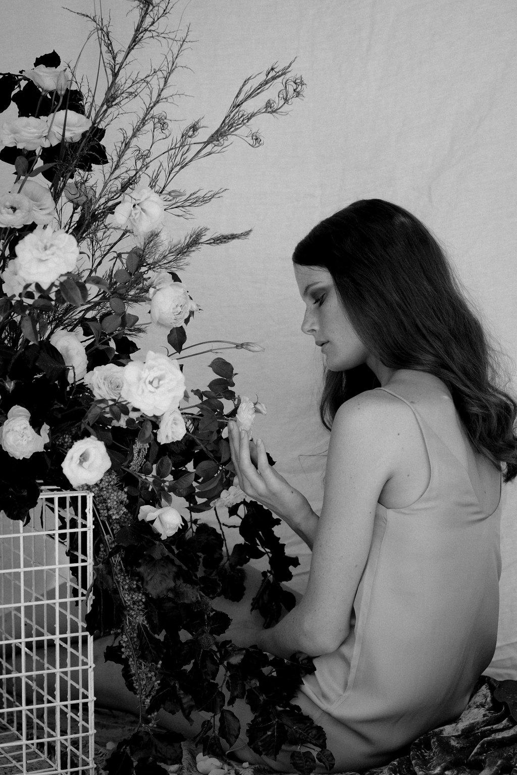 Bloodwood Botanica | Bare sculptural wedding flowers