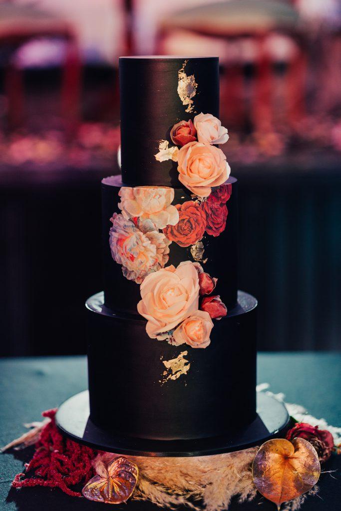 Bloodwood Botanica | Ivy and Stone wedding Cake