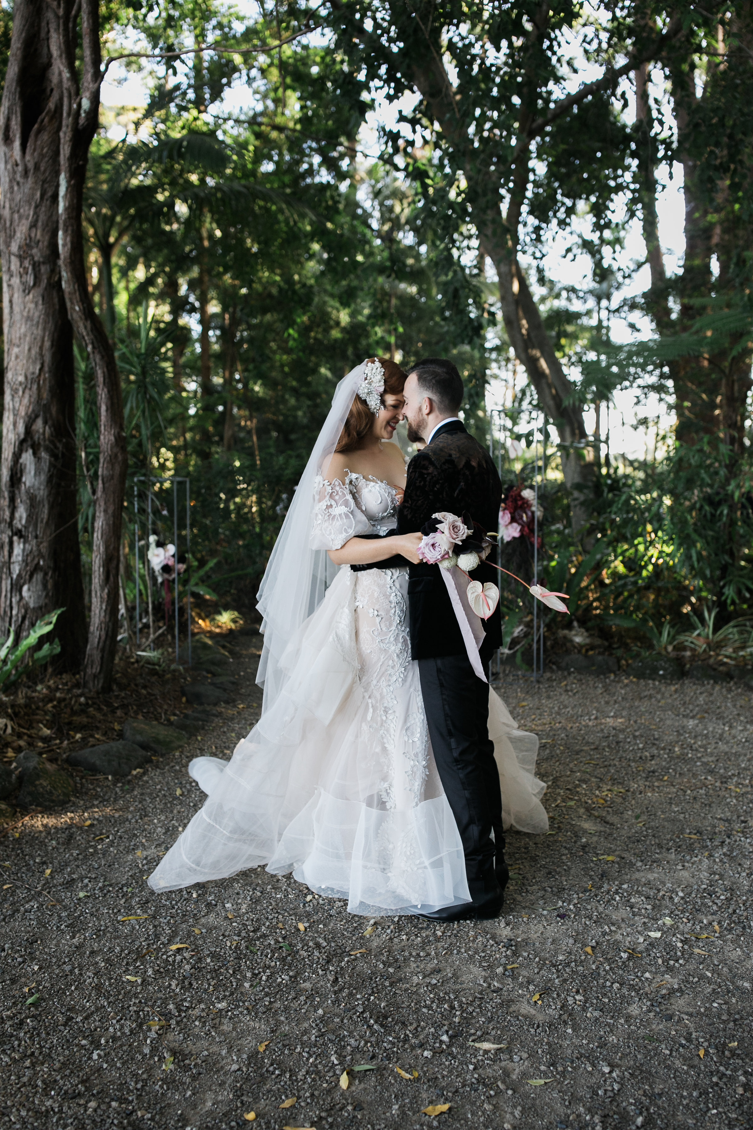 Nikea + Ed   Happy couple   Bloodwood Botanica