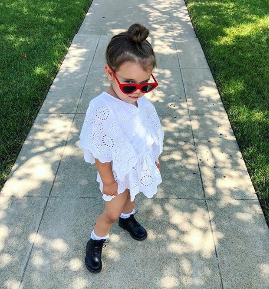 @simplyjessjohnson 's little is wearing Trippin' in red.