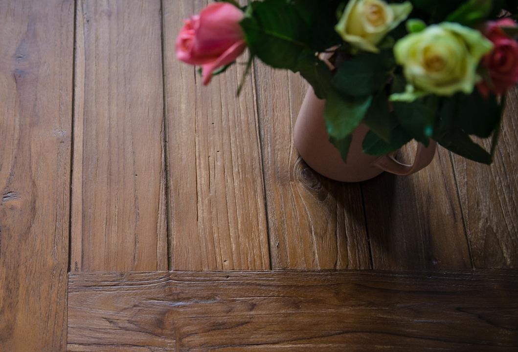 ELEPHANT coffee table. Java Coffee rustic finish. FSC® certified reclaimed teak.