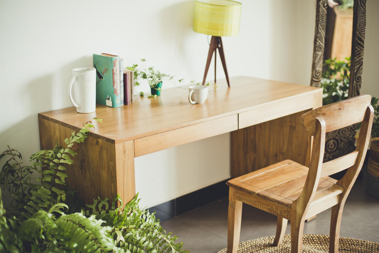 Kuno desk 1.jpg