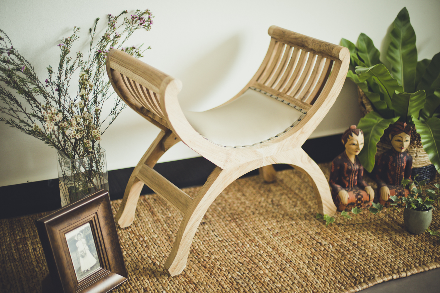 Fish chair small natural cream leather .jpg