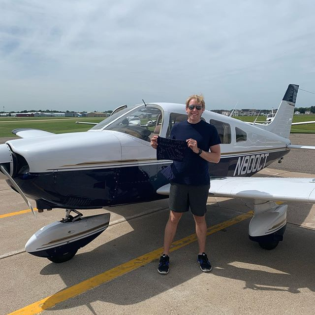 First solo done! Amazing experience, and getting my shirt tails cut! Thanks so much to @lakeelmoaero and a big shoutout to my CFI, could not have done it without you! Can't wait to continue this amazing journey! . . . . . . #firstsolo #avation #flying #studentpilot #privatepilot #piperarcher #lakeelmo #lakeelmoaero #flyingfun #flight #flymn #flighttraning