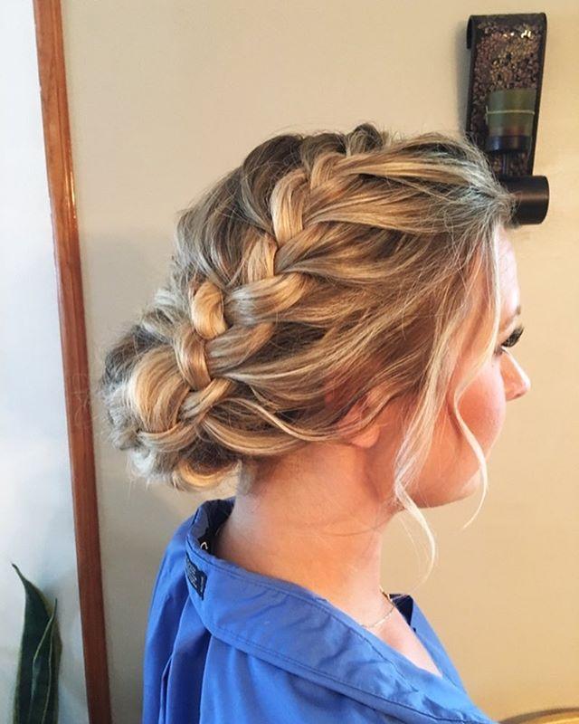 Soft natural tousled look for this beautiful bridesmaid ❤️#weddingdress#weddingfun #weddinghair #bridal #bridesmaids #hairstyles #brides #braids #blondehair