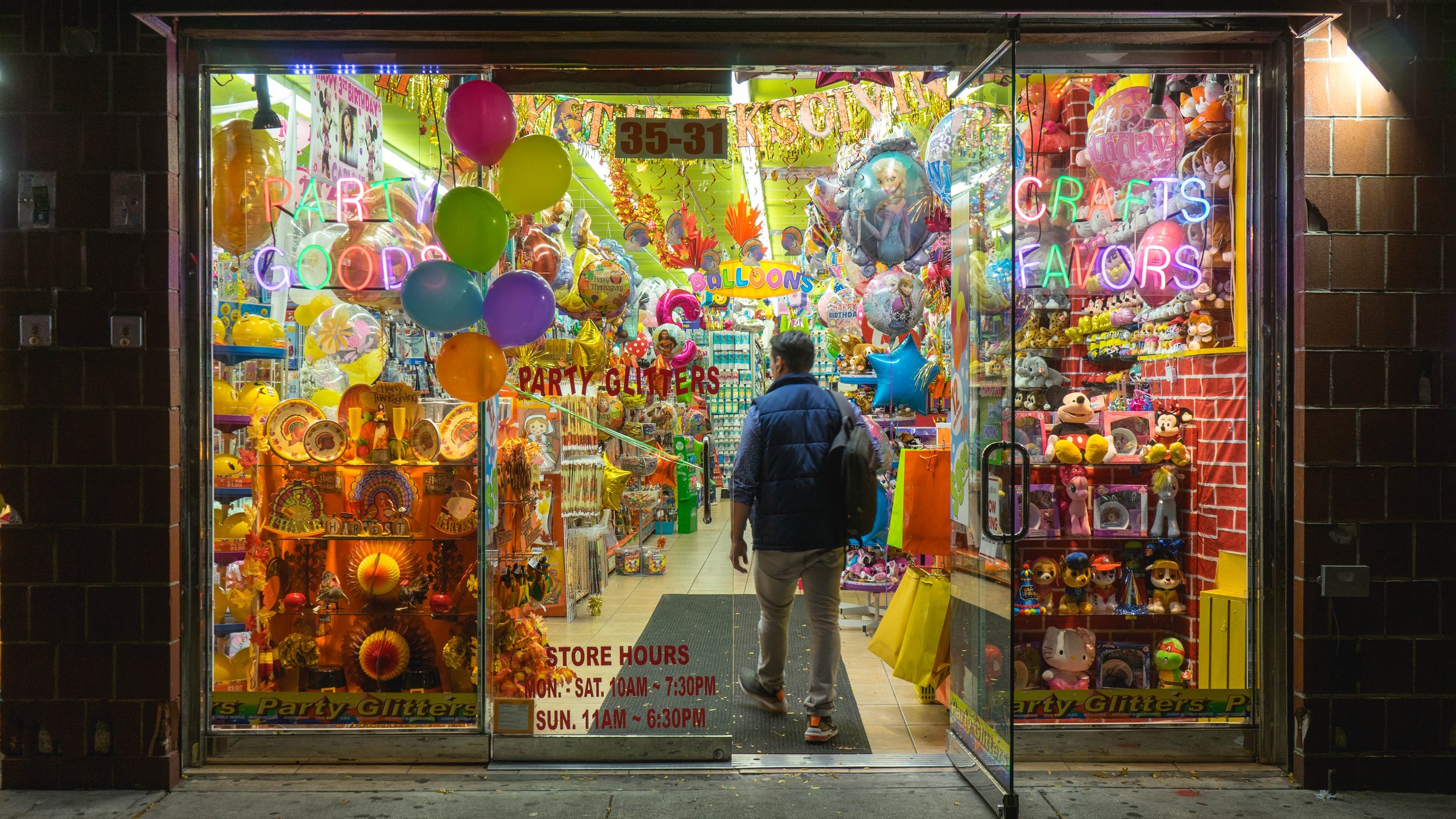 store.fronts.3.jpg