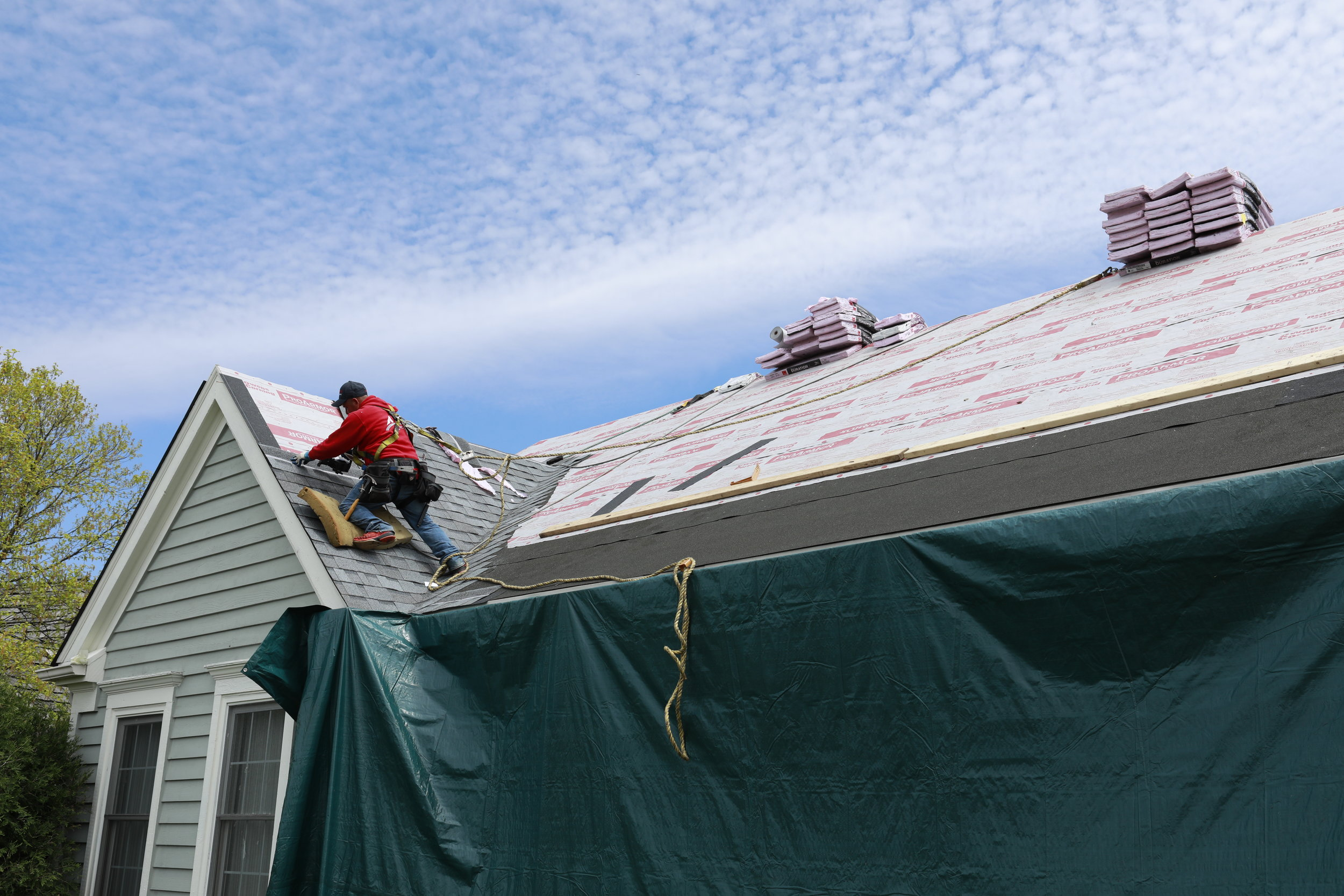 Artex Roofing is Chicago's south suburban best shingle roof replacement company