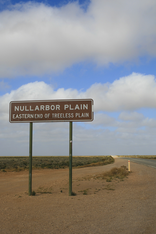 p160:4 Nullarbor Plain Sign-.jpg
