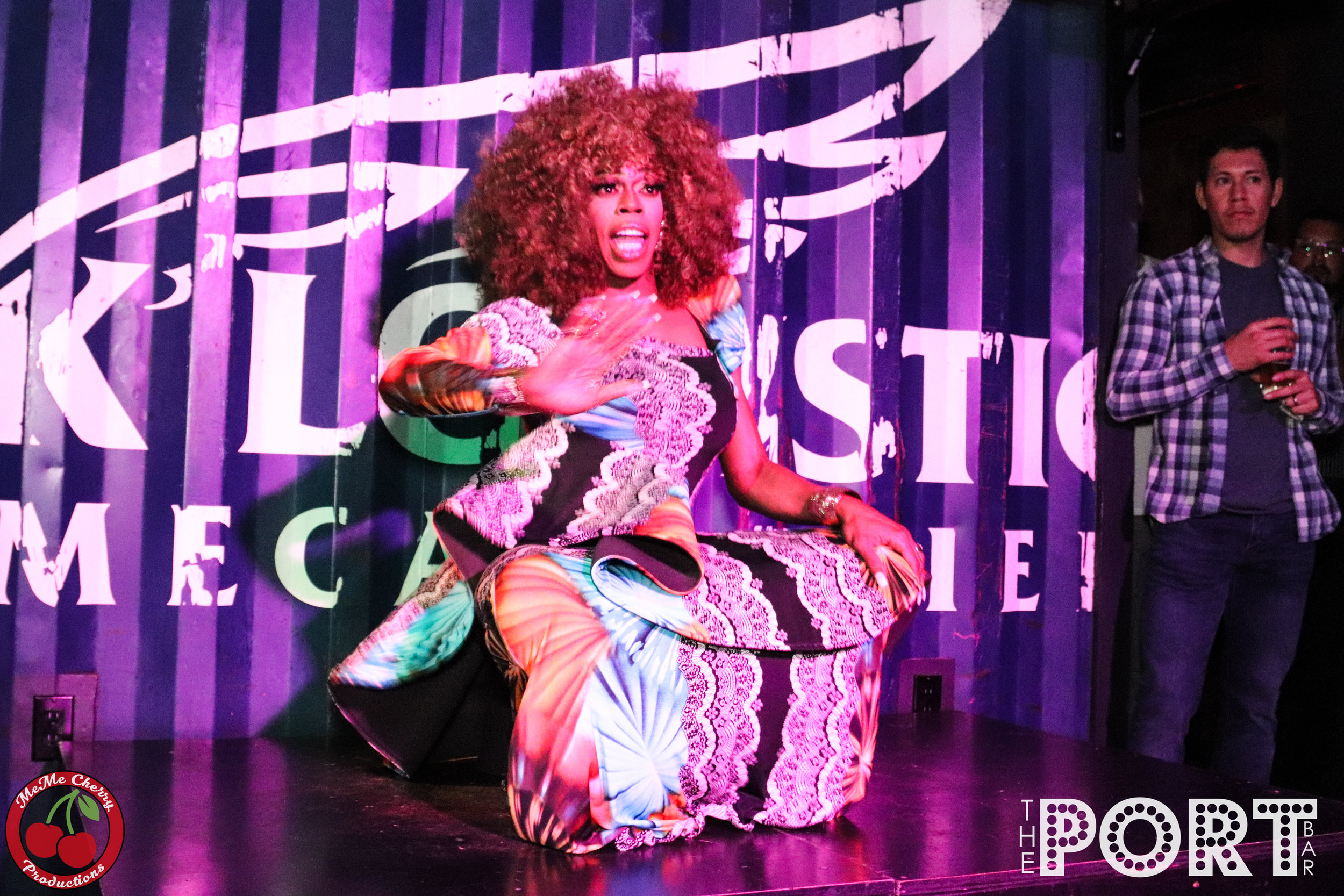 Jasmine Masters Port Bar Dec 2018 - 105-20-20.jpg
