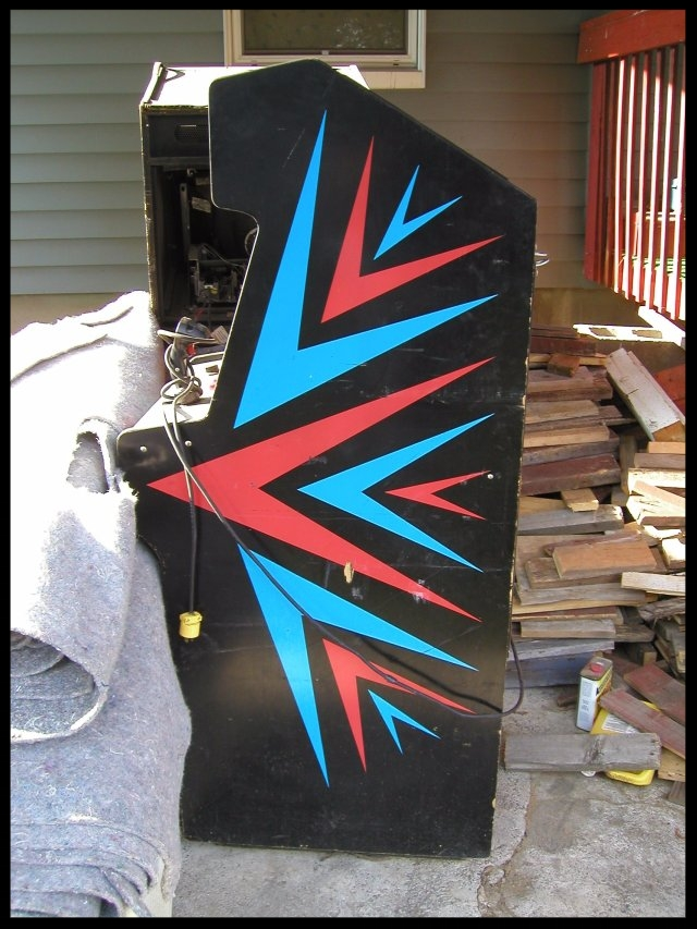 Side panel view before it made it inside Steve's house.