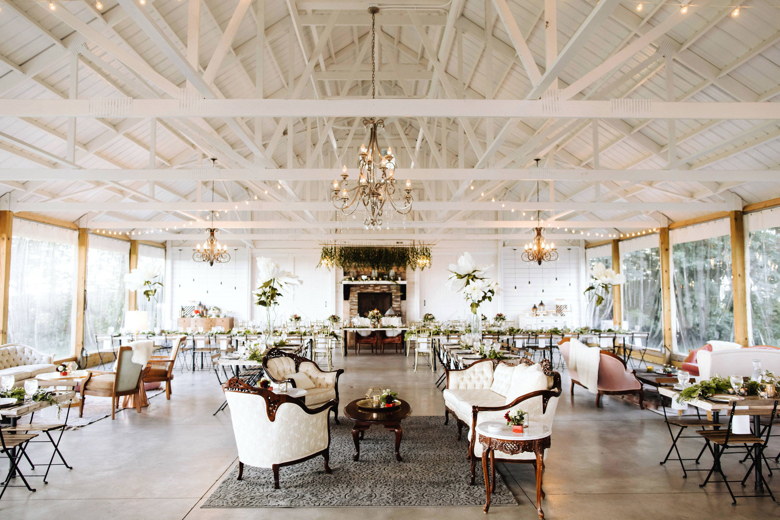 The signature - Book our entire rental collection with one click & be the ultimate host. From your seating chart display to table decor to multiple lounges, this package includes it all & eliminates your stress.Photo: Matt Lien