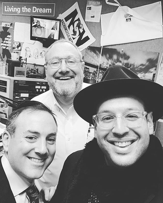#Repost @elischwebel ・・・ Great times With my @levtahormusic BFF @aricukier26 and the great @nachumsegal at @nachumsegalnetwork this A.M. - what a blast spending time with this legend