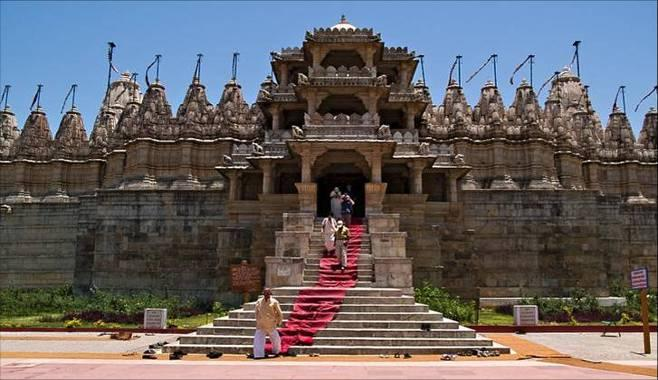 Ranakpur Temples - Rajasthan (Australian escorted tours to India)
