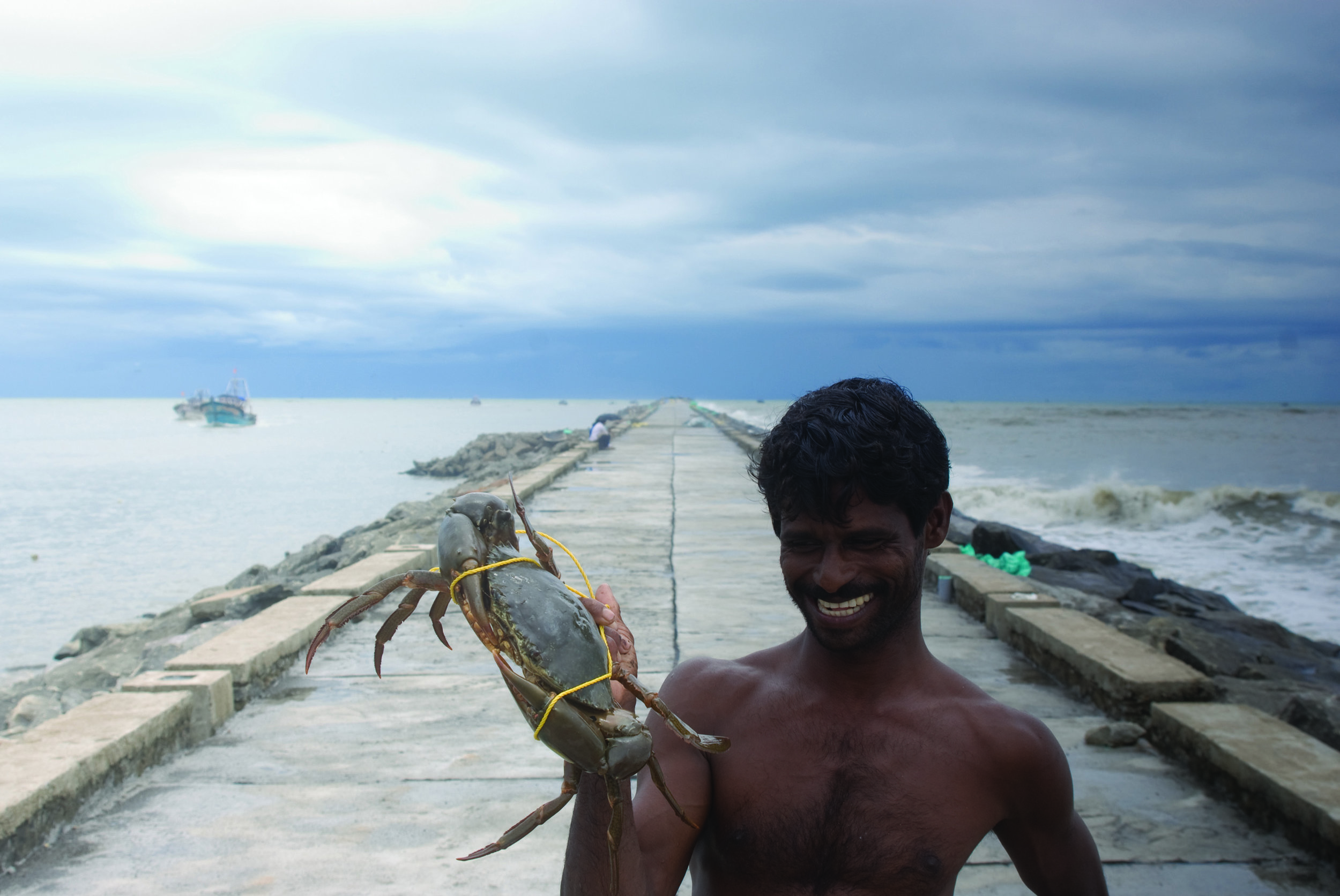 fisherman_with_his_catch_104.jpg