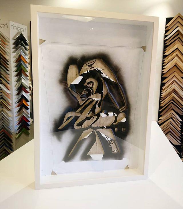 Just framed some supercool stuff for @atelier_e.b, the joahs white works great with this collage . . . #atelier_eb #bespokeframing #farrowandball #edinburghart #scottishart #scottishdesign #pictureframer