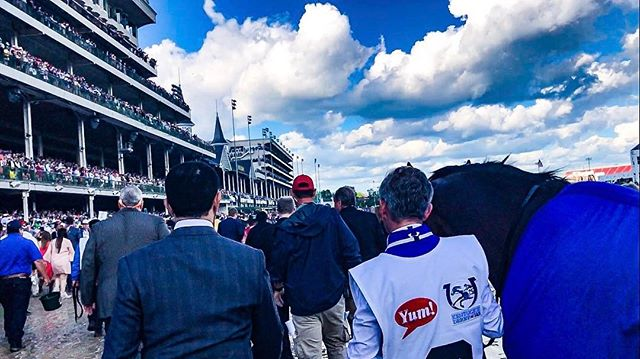 Walking out at #Churchilldowns. - #filmmaking #racing #horse #louisville #kentuckyderby #sky #blue #skyporn #cloudporn #film #filmmaker #producer #creative #event #filming #onset