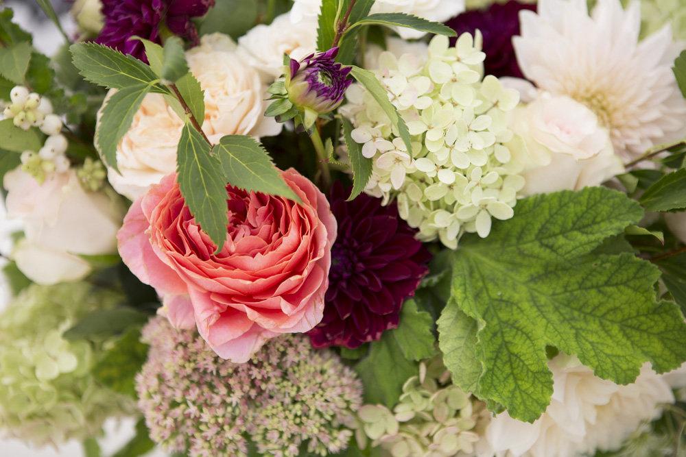 Denise Fasanello Flowers - Country Loveletter Wedding 10.jpg