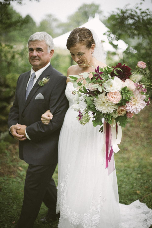 Denise Fasanello Flowers - Country Loveletter Wedding 18.jpg