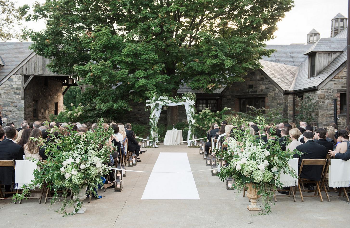 Elegant Affair Wedding at the Farm - Flowers by Denise Fasanello Flowers - Photos by Meg Miller 5.jpg